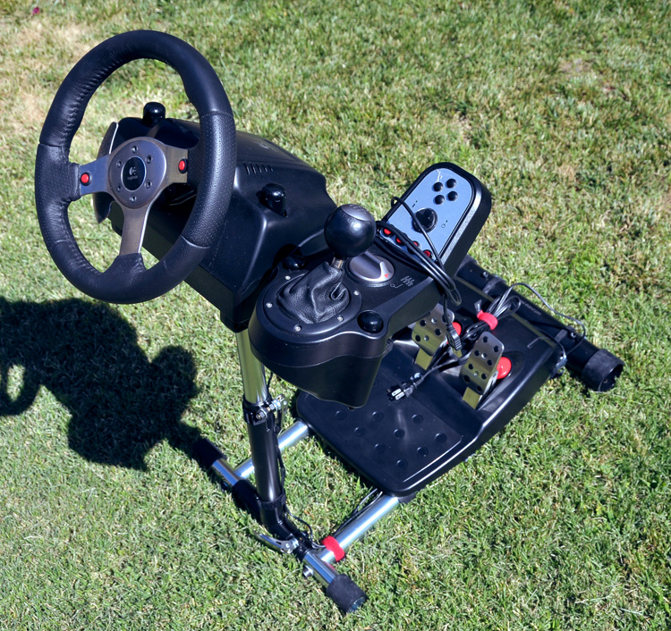 Wheel Stand Pro with the Logitech G25