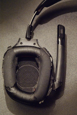 Gaming headphones review: Logitech G933/G633 - SimHQ Forums