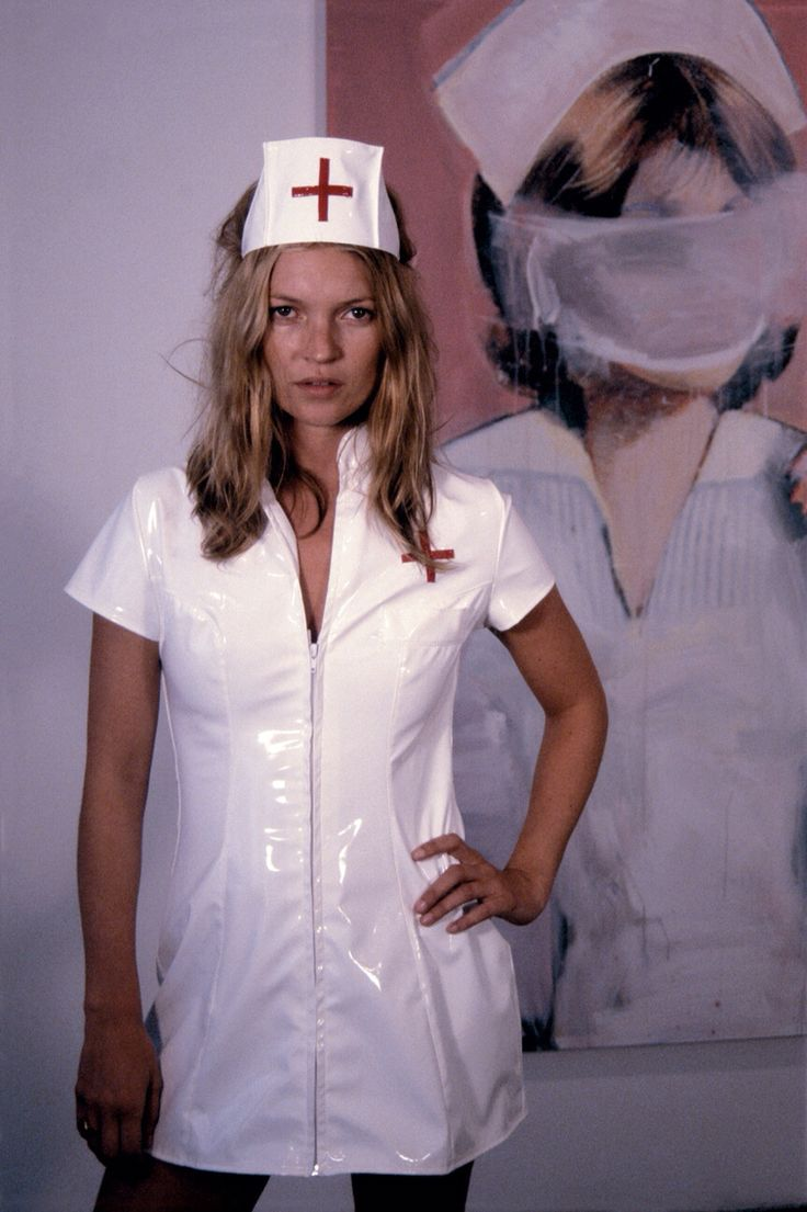 8eec9fb33b1be1e811dab168a5aff2e8--miss-moss-w-magazine  nurse kate.jpg