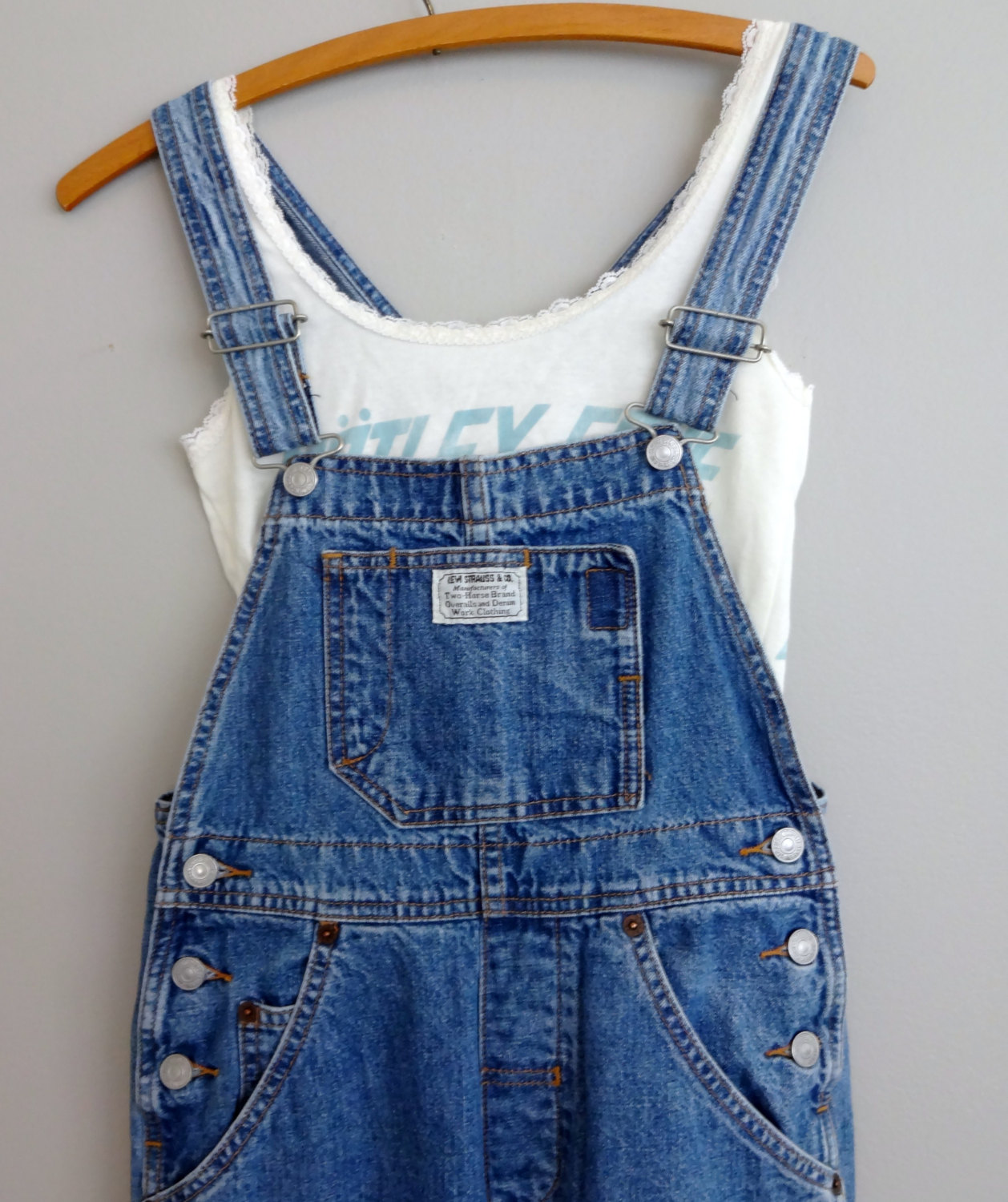 Attached picture Overalls_04.jpg